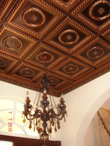 See videos that teach you how to renew your own ceilings