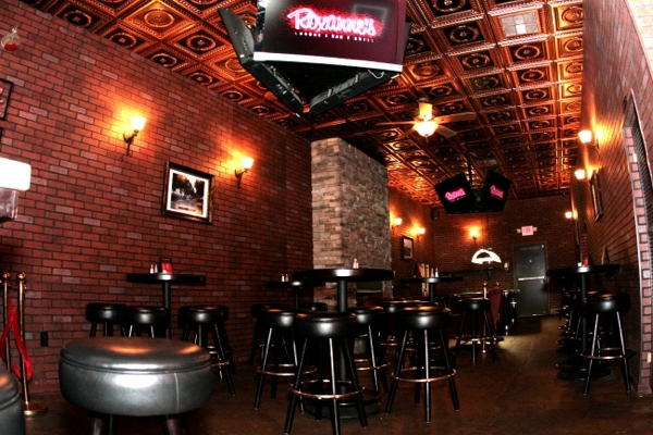 Roxanne S Lounge In California Heights Historical Area And Dct